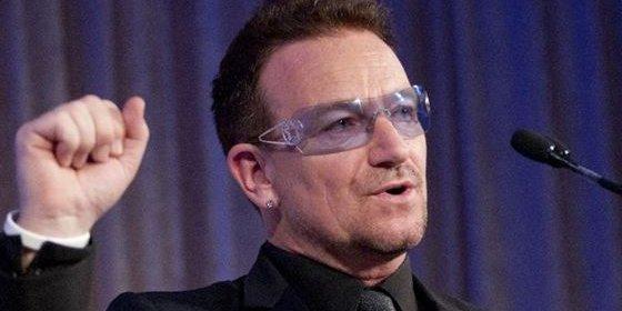 El cantante Bono confiesa que lleva gafas oscuras porque sufre un glaucoma