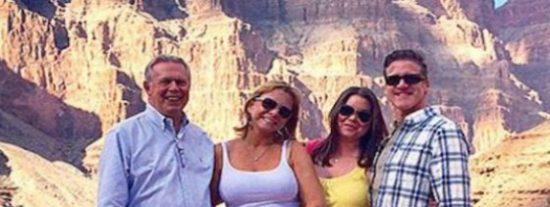 El último paseo de la mujer que ha decidido suicidarse por padecer cáncer