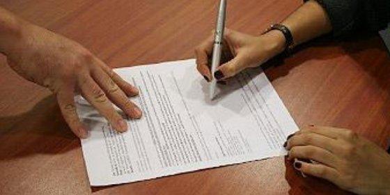 Casi el 65% de los jóvenes españoles tiene un contrato temporal mal que les pese