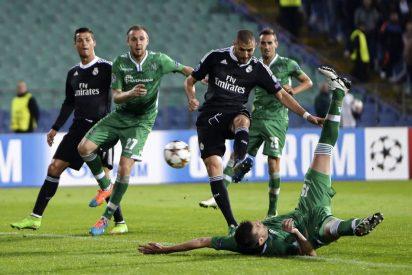 Un sorprendente Benzema entra tarde pero pone orden y gol en el Real Madrid