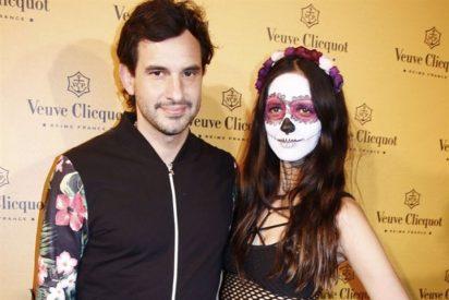 Daniela Ramos, pareja de Antonio de la Rúa, anima Halloween