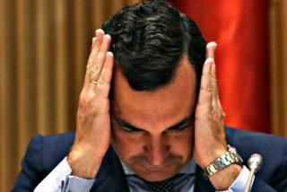 """David Trueba: """"La dimisión de González-Echenique no es una victoria pírrica de Montoro, es otra derrota del ciudadano español"""""""