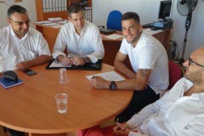 El Almería blinda a su nueva perla