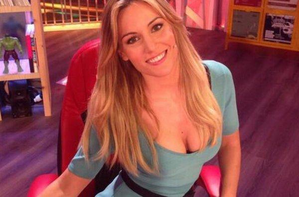 Dispuesta a relevar a Sara Carbonero como la WAG más sexy de la Selección