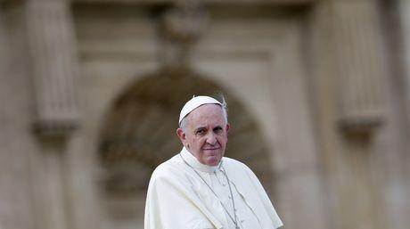 El Papa dará misa en el cementerio monumental de Roma