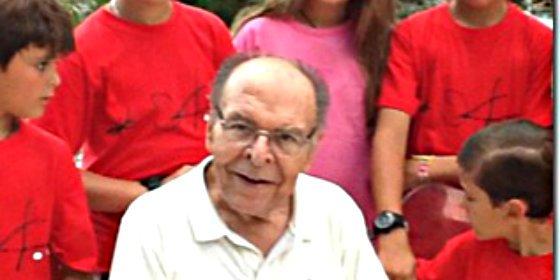 Familiares y amigos dan el último adiós a Graciliano Barreiros
