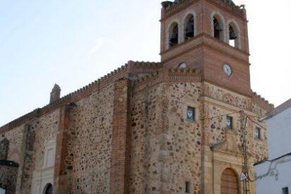 Las iglesias de Puebla de la Reina y La Zarza, Bien de Interés Cultural, en la categoría de monumento