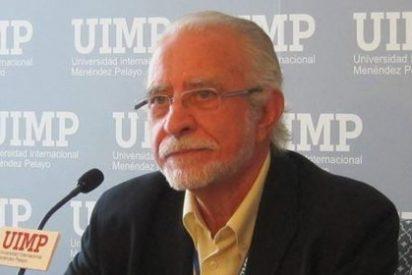 """José María Merino sostiene que """"cada palabra que se pierde hace a las personas más indefensas"""""""