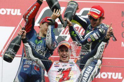 Así han felicitado Lorenzo y Pedrosa a Márquez el Mundial