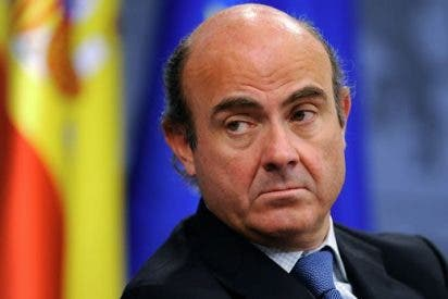 Guindos está preocupado porque la economía de la Eurozona está en 'paro' como el que más
