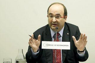 Cataluña: El abrazo de Miquel Iceta, secretario general del PSC