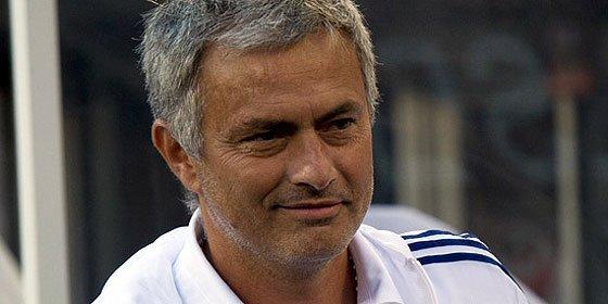 Mourinho vuelve a arremeter contra el Barcelona