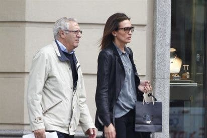 Nieves Álvarez, una hija ejemplar de compras con su padre
