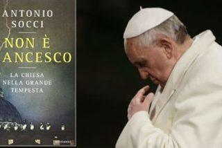 """Non è Francesco"": Un libro cuestiona la legitimidad de Bergoglio"