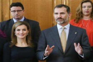 Los Reyes homenajean al Padre Ángel en Asturias