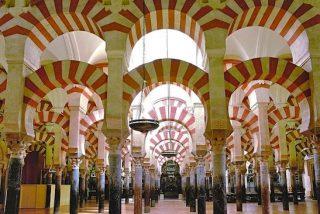 Andalucía recurrirá la ley que permite a la Iglesia inmatricular la mezquita de Córdoba
