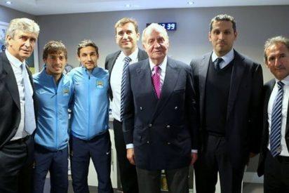 El Rey Juan Carlos viaja a Inglaterra para fotografiarse con dos de sus jugadores favoritos