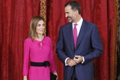 Los Reyes Felipe y Letizia con el presidente de Honduras y su esposa