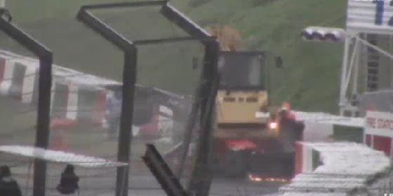 [VÍDEO] Así fue el brutal impacto de Jules Bianchi contra una grúa en Sukuza