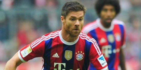 Xabi Alonso se viste de Ronaldinho y marca este golazo con el Bayern