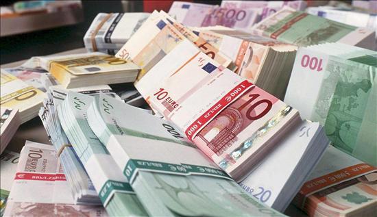 Los inversores han sacado de España 22.300 millones de euros en lo que va de año