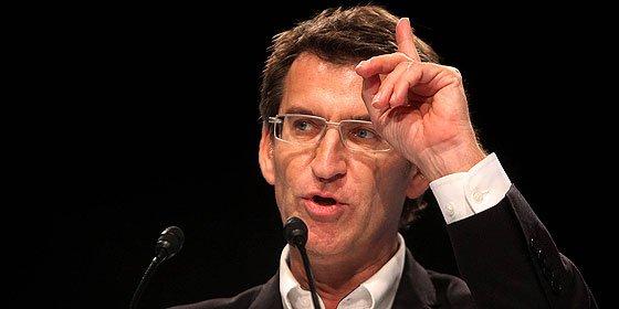 Alberto Núñez Feijóo niega pagos en B al Partido Popular