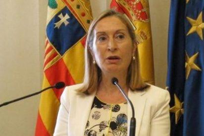 """Ana Pastor afirma que el proceso de salida a Bolsa de Aena """"sigue adelante"""""""
