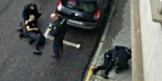 Detenido un tuitero por festejar en la Red que el atracador de Vigo acribillara a los policías