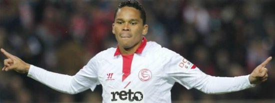 El Sevilla escuchará ofertas por Bacca