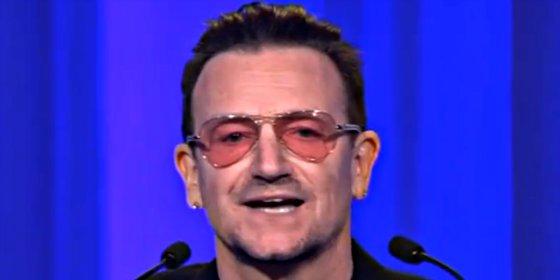 El cantante Bono, a punto de morir en un accidente de avión