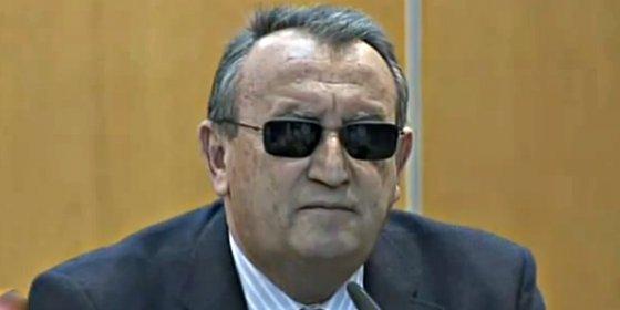 """Carlos Fabra tras recoger la notificación de ingreso en prisión: """"Prefiero estar en mi casa"""""""