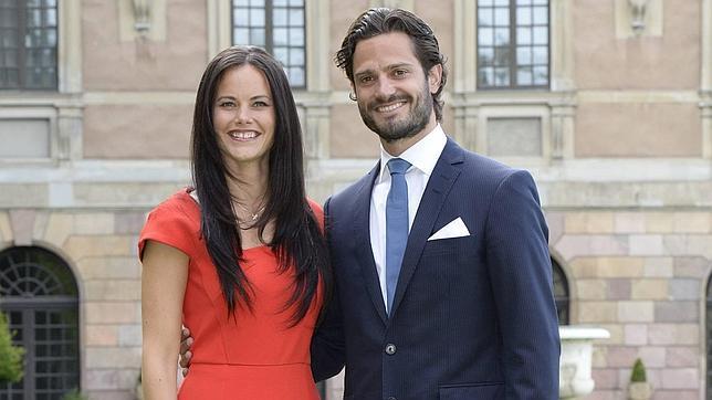 Carlos Felipe de Suecia muy orgulloso de su prometida, Sofía Hellqvist