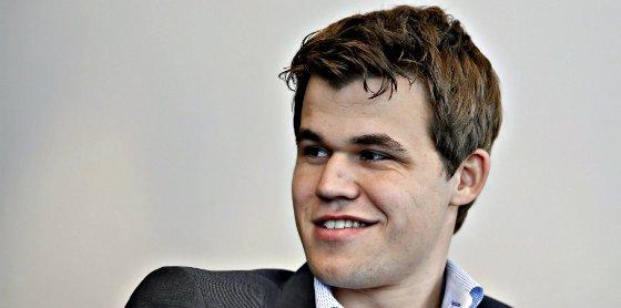El noruego Carlsen revalida el título de campeón del mundo de ajedrez