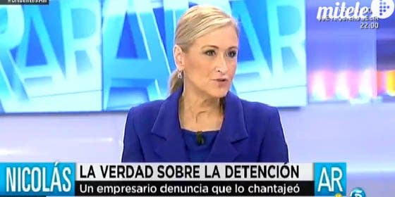 """Cifuentes rejonea a los periodistas de 'Un tiempo nuevo': """"Trataron al Pequeño Nicolás como a un chaval, y es un delincuente"""""""