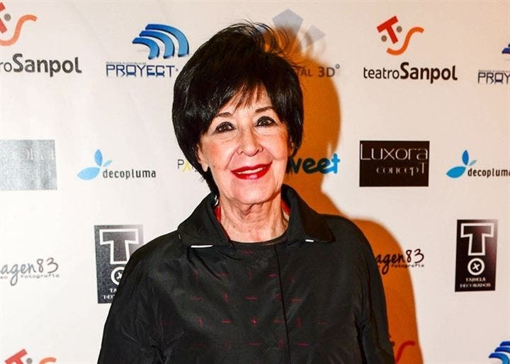 Concha Velasco, recuperada de su enfermedad, radiante en los Premios del Teatro Musical