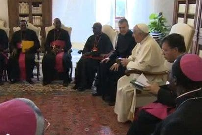 """El Papa pide a los obispos africanos """"diálogo constructivo con el Islam"""""""