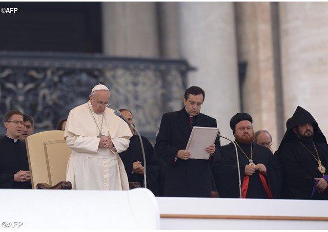 """El Papa a la Vida Religiosa: """"No debemos tener miedo de dejar los 'odres viejos'"""""""