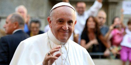 La alcaldesa de Villanueva de la Jara invita al Papa Francisco a visitar el municipio