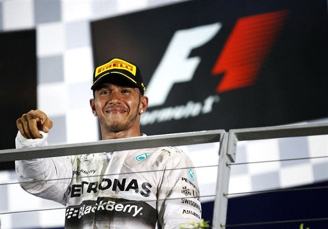Mercedes prepara un psiquiatra a Hamilton si pierde el Mundial