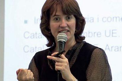 La decana de Económicas de la UB propone declarar la secesión y tomar por la fuerza las instituciones del Estado en Cataluña