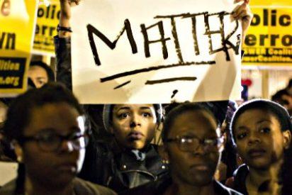 El jurado deja libre sin cargos al policía blanco que mató a tiros al joven negro en Ferguson