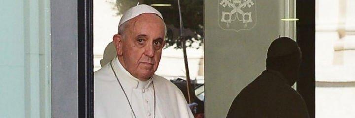 """El Papa, a un sacerdote argentino: """"Que me maten es lo mejor que me puede pasar"""""""
