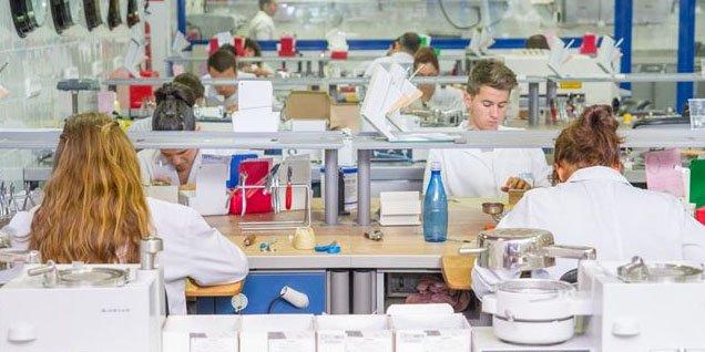 El 73% de los jóvenes investigadores que trabajan en España podría marcharse al extranjero