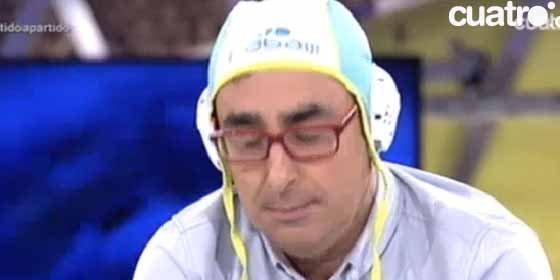 Iturralde le apoda como el 'pequeño Nicolás' del periodismo