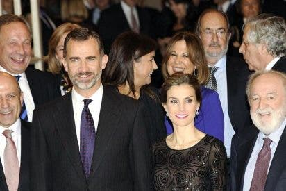 Los Reyes presidieron la entrega del XXXI Premio de Periodismo 'Francisco Cerecedo'