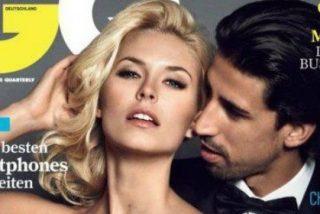 La novia de Khedira vuelve a reventar las redes sociales fumado desnuda