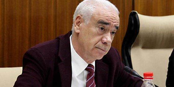 Alonso vuelve a comparecer en el Parlamento sobre los cursos de formación
