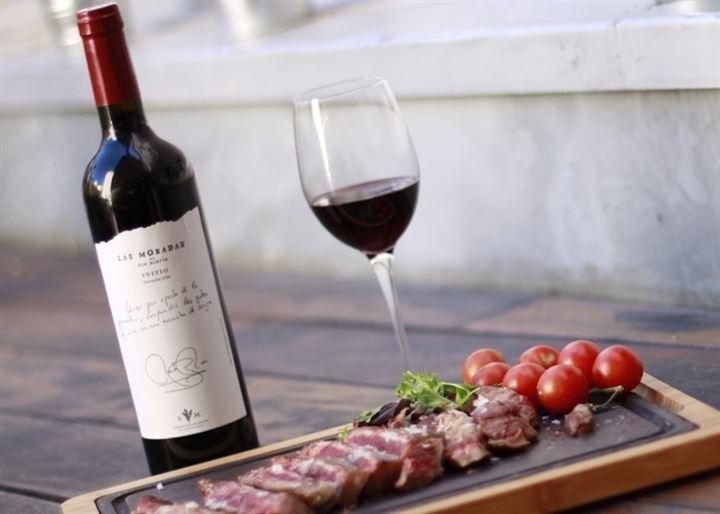 """""""MadriDajes"""", o cómo disfrutar del vino y la carne de Madrid"""