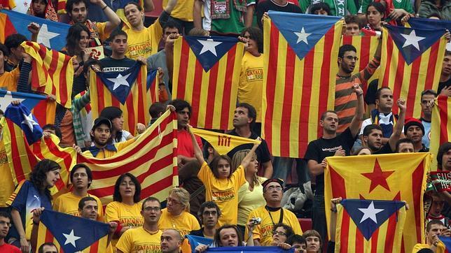 La insumisión de directores de instituto al 9-N tocó la fibra de Rajoy