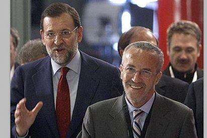 ABC atribuye a Pedro Arriola la caída del PP en el sondeo del CIS